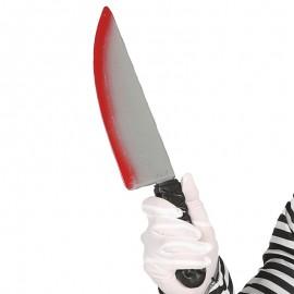 Cuchillo grande ensangrentado de plástico